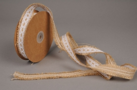 A332UN Natural burlap ribbon with lacework 2.5cm x 9cm