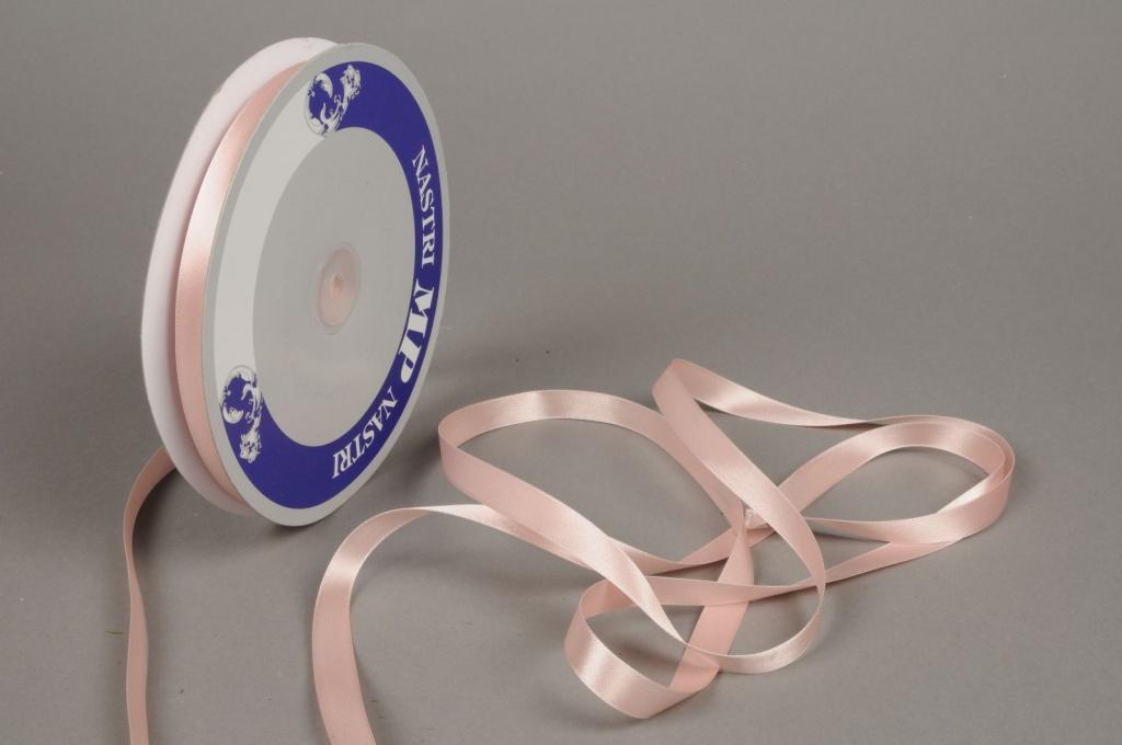 A335UN Pink satin ribbon 12mm x 100m