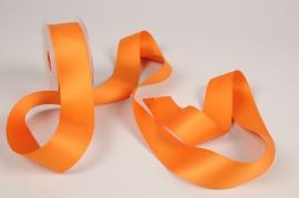 A345UN Orange satin ribbon 40mm x 15m