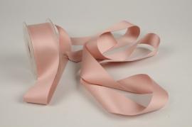A346UN Pink satin ribbon 40mm x 15m