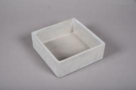 A351HX Grey cement gardenenr 26.5cm x 26.5cm H9.5cm