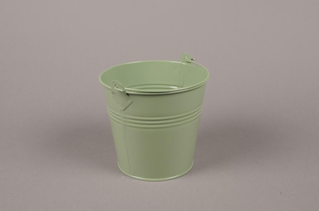 A371KM Bucket zinc green D9cm H8cm
