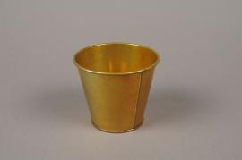 A379KM Gold zinc planter D8.5cm H8cm