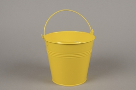 A417KM Yellow zinc planter D16cm H14cm