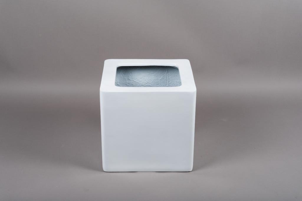 A448HX Cache-pot en fibre blanc 34x34cm H32.5cm