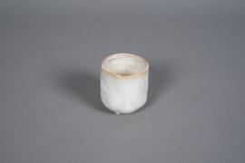 A576HX Ivory ceramic planter pot D7cm H8cm