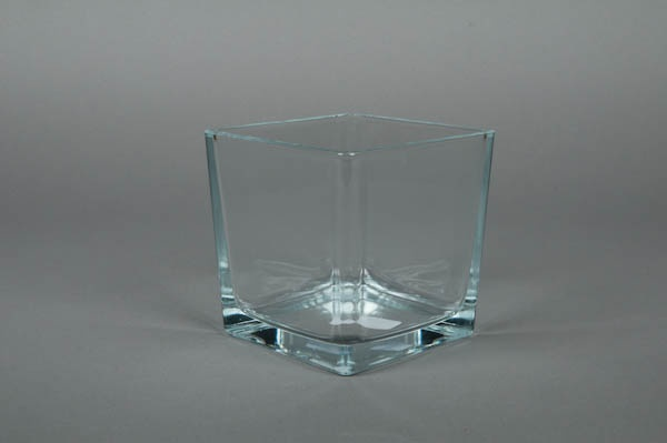A711IH Vase en verre cube 12x12cm H12cm