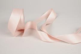 A775UN Pink satin ribbon 40mm x 15m