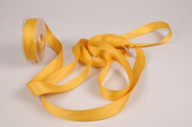 A779UN Gold satin ribbon 25mm x 15m