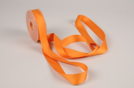 A783UN Orange satin ribbon 25mm x 15m