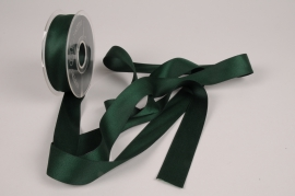 A791UN Green satin ribbon 25mm x 15m