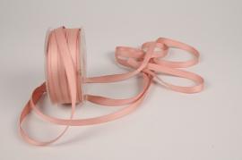 A798UN Pink satin ribbon 10mm x 35m