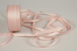 A803UN Pink satin ribbon 10mm x 35m