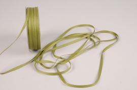 A808UN Green satin ribbon 5mm x 70m