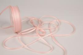 A817UN Pink satin ribbon 5mm x 70m