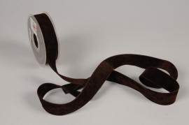 A871UN Ruban de velours chocolat 25mm x 7m