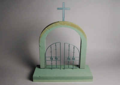 Gates of Heaven Funeral Memorial Tribute 3D WET Oasis Mousse florale Référence SKU 2206