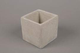B451WV Terracotta planter 10.5 x 10.5cm H10.5cm