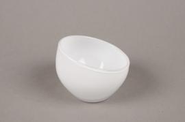 B510W3 Vase boule en verre blanc biseauté  D9cm H7cm