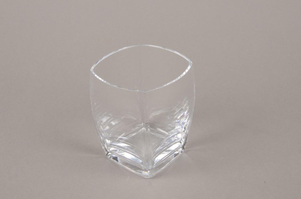B562W3 Vase carré en verre 7.5cm x 7.5cm H10cm