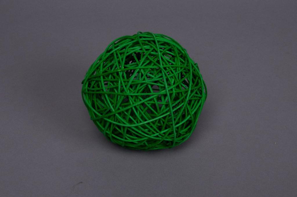Bag of 12 wicker balls green 5cm