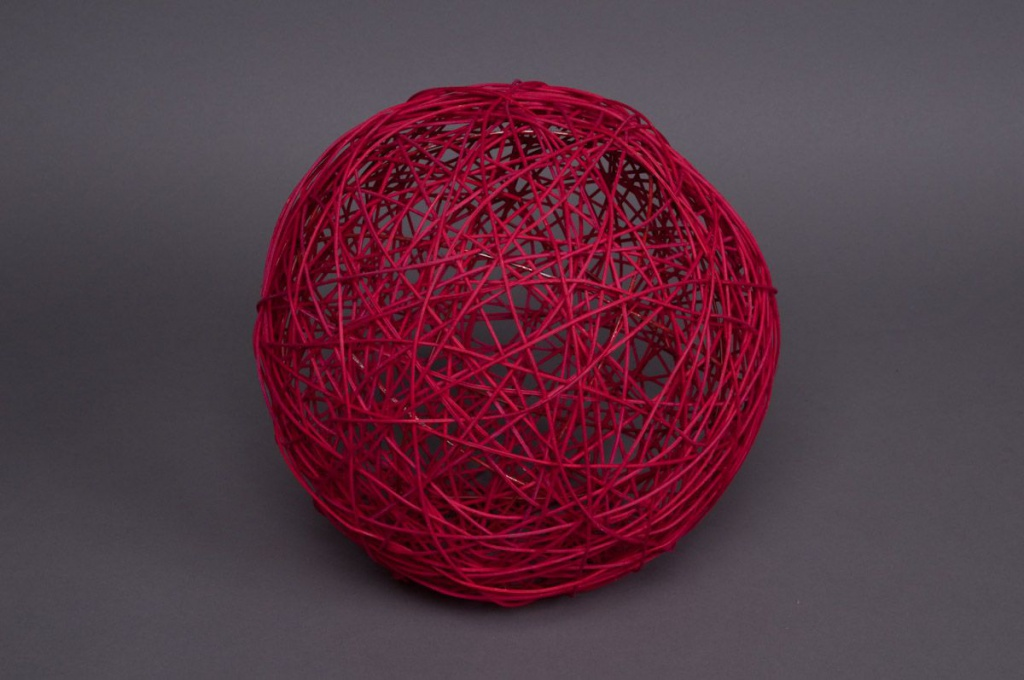 Bag of 12 wicker balls red 5cm