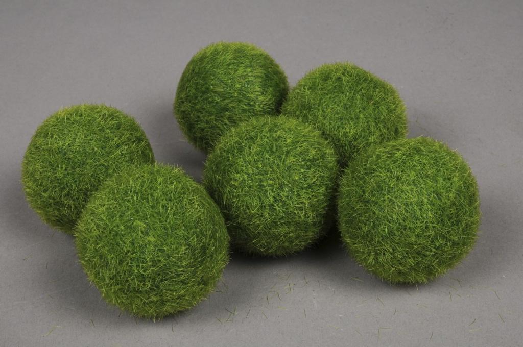 x002wl Bag of 6 balls artificial grass D5cm