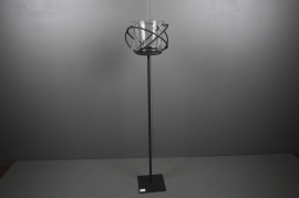 A001ZV Black metal stemmed light holder H120cm