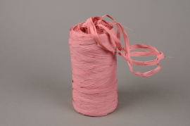 A196ZR Roll of synthetic raffia pink 200m