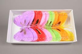 A028E9 Boîte de 12 pics papillons en plume D27cm H25cm