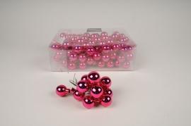 Boîte de 144 boules en verre rose brillant D25mm