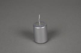 A078E2 Boîte de 24 bougies cylindre argent D4 H6cm