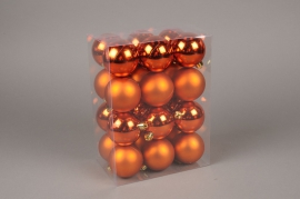 X149ZY Boîte de 24 boules plastique cuivre orangé D6cm