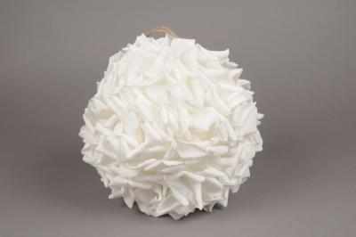 boule de p tale de rose artificielle blanche d28cm. Black Bedroom Furniture Sets. Home Design Ideas