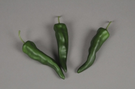 x570nn Box of 12 artificial green peppers 14cm