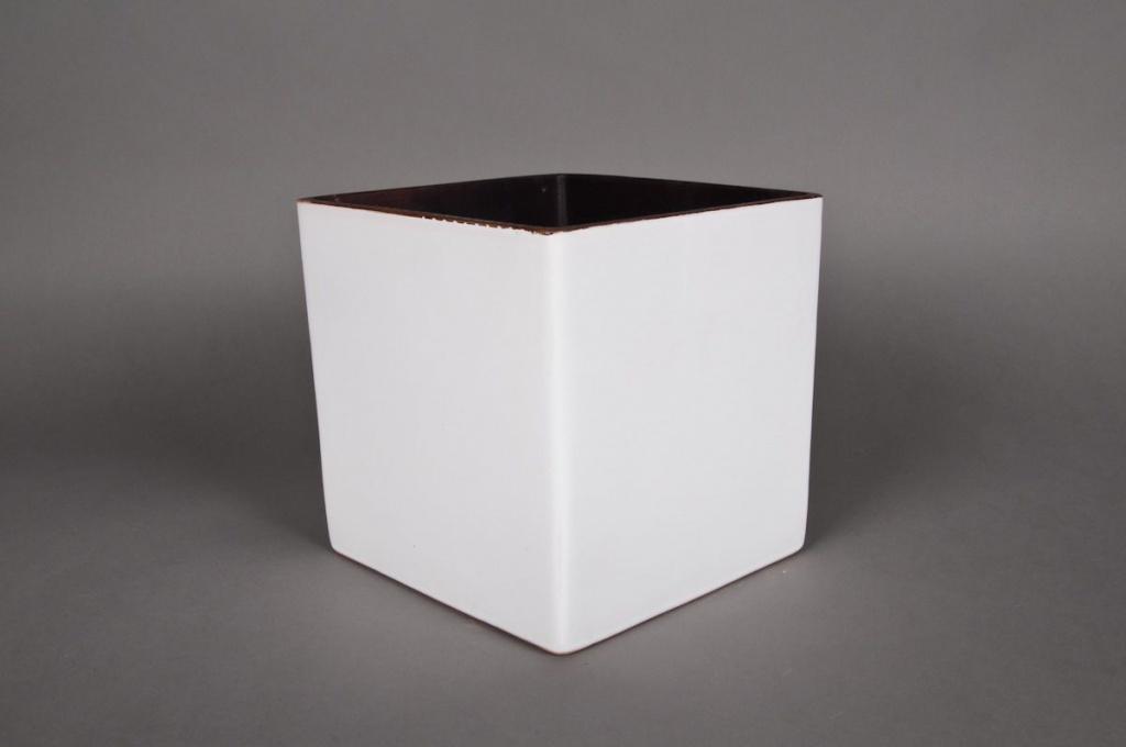 Cache-pot en céramique cube blanc 11x11 H11cm