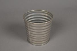 A000L0 Cache-pot en zinc strié couleur or D9cm H9cm