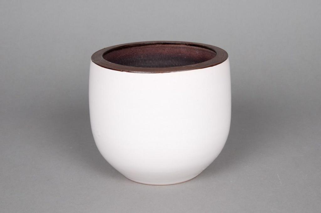 A184QS Ceramic planter white D16 H16cm
