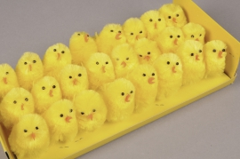 E002J9 Box of 36 yellow chicks H5cm