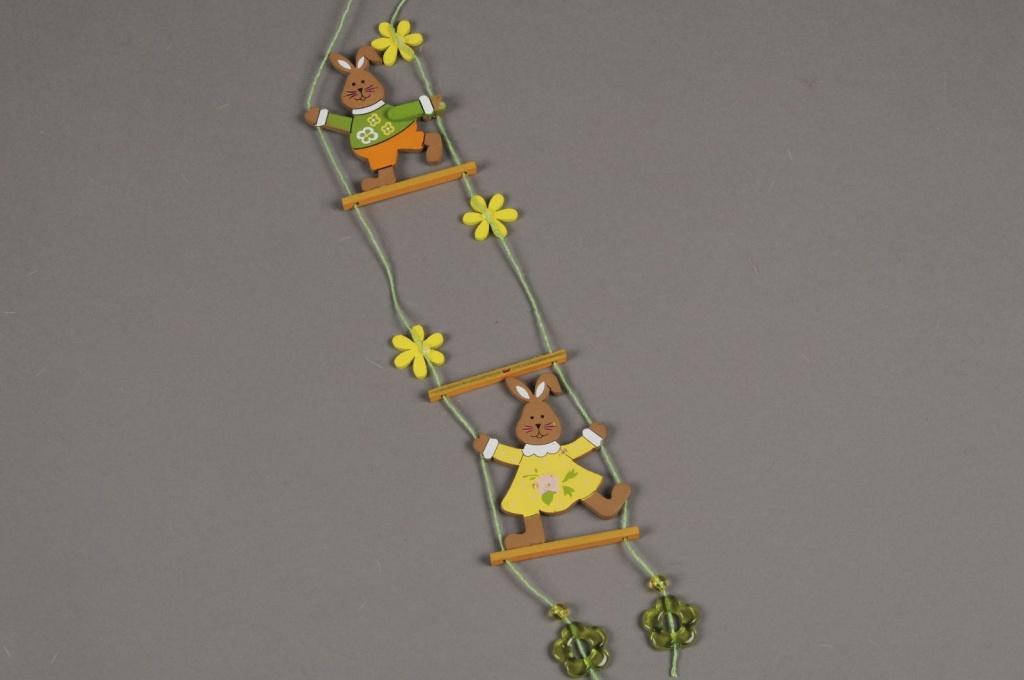 E118KI Echelle suspendu avec deux lapins en bois