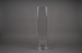 B323W3 Glass vase square 10x10 H61cm