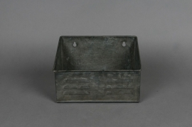 Old looking zinc wall planter 21x11 H15cm
