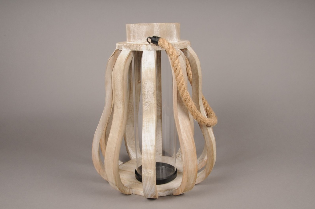 A002S0 Lanterne en bois D30cm H39cm