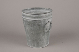 A069Q4 Old looking zinc bucket D19cm H21.5cm
