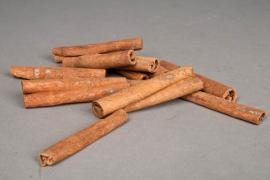 ox21wg Bag of cinnamon sticks H8cm 1kg