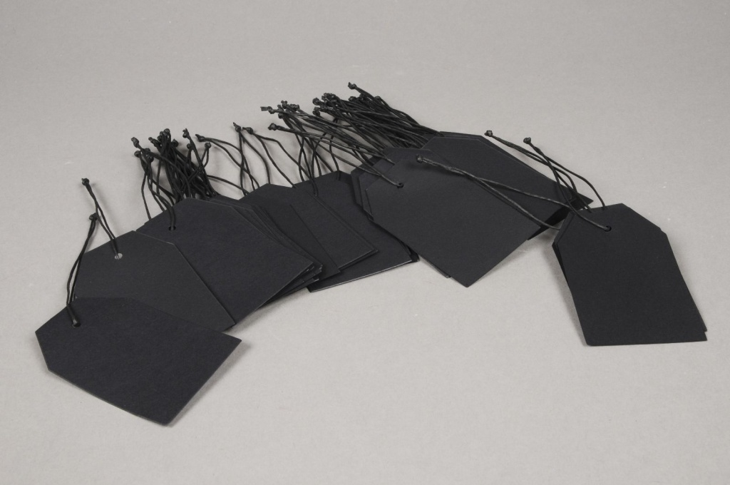 A001TG Pack of 100 black kraft labels 9cm x 5.5cm