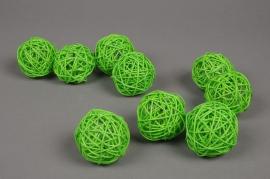 ob56fm Paquet de 12 boules en osier vert D5cm