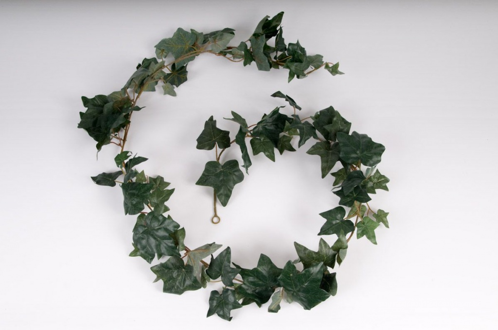 Pack of 3 ivy garlands H180cm with 102 green leaves