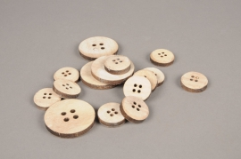 A549UN Pack of 30 natural wooden buttons