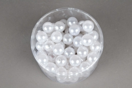 Pack of 72 metal beads white 20mm 300gr